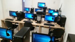 laboratório de informática da ACERGS